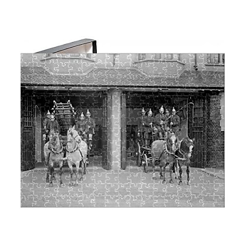 Prints Prints Prints 252 Piece Puzzle of London Fire Brigade station with horse-drawn fire engines (7637233) (Cart S27)