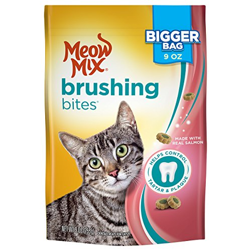Meow Mix Brushing Bites Cat Dental Treats Made with Real Salmon - 9 oz (Pack of 5)