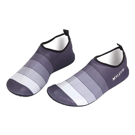 QinMM Zapatos de Agua para Buceo Snorkel Surf Piscina Playa Vela Mar Río Deportes Acuáticos Calzado de Natación Escarpines calcetines para Hombre Mujer: ...