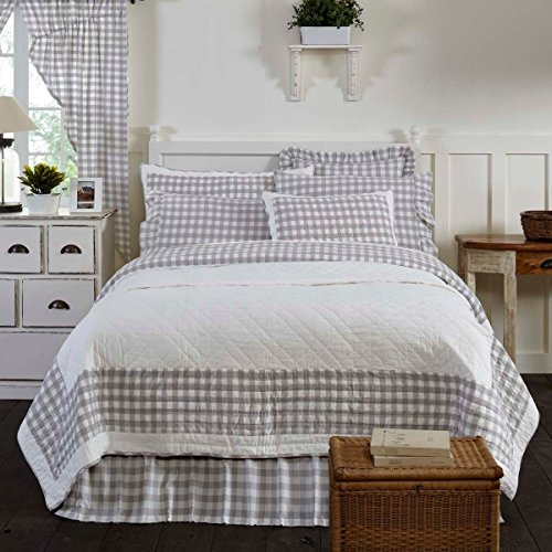 3 Piece Grey White Plaid Pattern Quilt Queen Set, Elegant Classic Buffalo Checkered Design Borders, Hand-Work Tufted Check Bedding, Classic French Country Style, Solid Colors, Cotton, For Unisex by MI