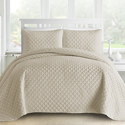Oversized and Prewashed Comfy Bedding Lantern Ogee Quilted 3-piece Bedspread Coverlet Set (King/Cal King, Beige)