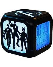 Súper creativo Vengadores reloj despertador, equipo de sonido 3D LED de la noche Reloj de alarma electrónico de luz, cabecera del dormitorio del reloj regalo de cumpleaños despertador (siete colores)