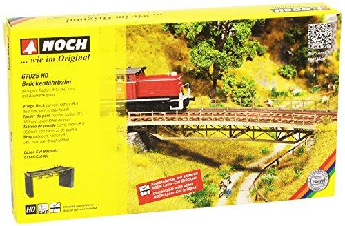 HO Scale Curved Steel Deck Truss Bridge w/Cut-Stone Abutments - Kit (Laser-Cut Card) -- 8-1/16