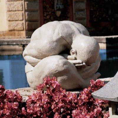 Design Toscano Meditating Shy Yogi of Bali Statue