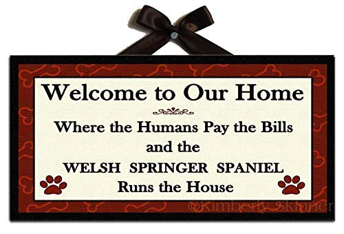 Iliogine Home Plaque Sign Welsh Springer Spaniel Runs The House Welcome Sign Wooden Sign for Living Room Decorative
