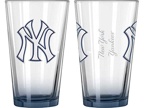 [New York Yankees Elite Pint Glass 16 oz.] (Sox 16 Ounce Satin)