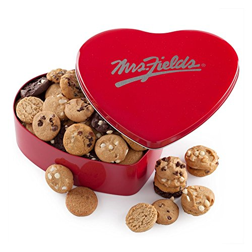 mrs-fields-classic-heart-tin-with-60-nibblers