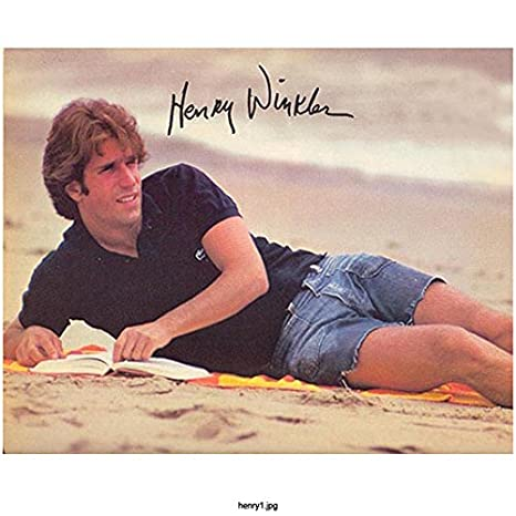 Happy Days Henry Winkler Casual Beach Photoshoot Signed Re Print 8 X 10