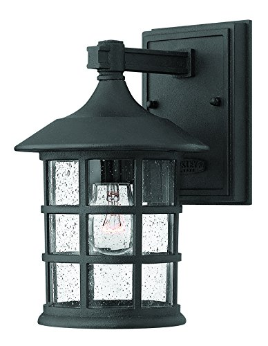 Hinkley Lighting 1800BK Freeport 1 Light product image