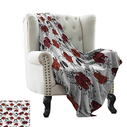 Acelik Throw Blanket Skull Retro Gothic Dead Head Skeleton Figures with Roses Halloween Theme Spooky Trippy Romantic Lightweight Thermal Blankets W30 x L50 Inch -