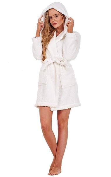 Bata de Invierno para Mujer - con Capucha - Forro Polar Muy cálido - Blanco - EU 48/50: Amazon.es: Ropa y accesorios