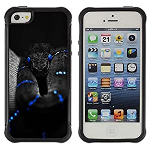 All-Round híbrido Heavy Duty de goma duro caso cubierta protectora Accesorio Generación-II BY RAYDREAMMM - Apple iPhone 5 / 5S - Black Snake Blue Mamba Nature Poison