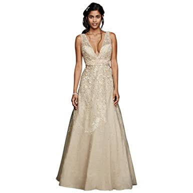 5784e0d3392 Sample  As-is Wedding Dress with Plunging Neckline Style AI25050093 ...