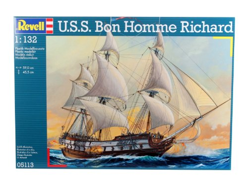Revell 05113, U.S.S. Bon Homme Richard - 1:132 scale plastic model kit