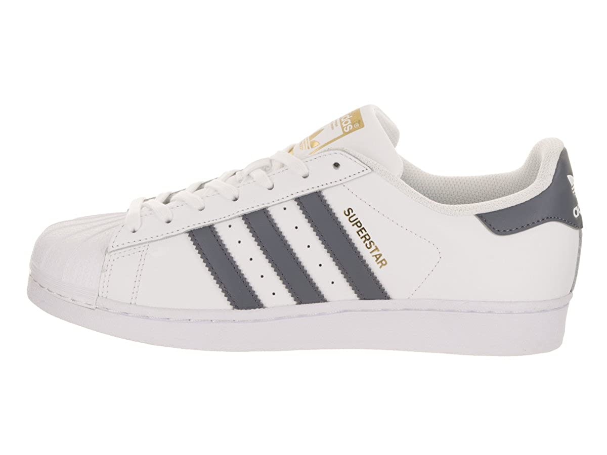huge selection of 2d2b2 c9716 Amazon.com   adidas Superstar Foundation Mens in White Onix Metallic Gold,  7.5   Fashion Sneakers