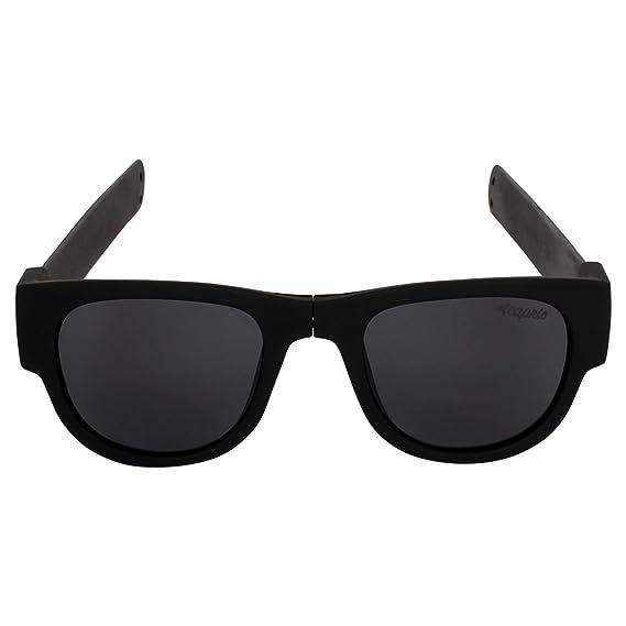 15e81fbdb664 Caprio Black Foldable Unisex Oval Sunglasses  Amazon.in  Clothing    Accessories