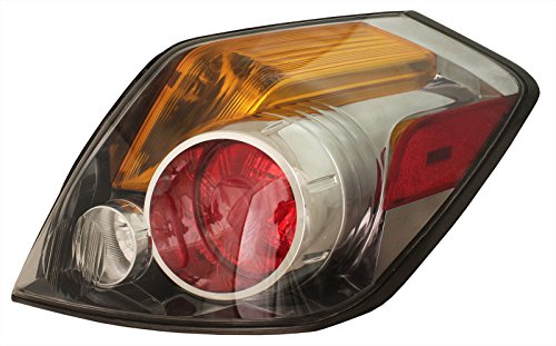 EAGLE EYES RIGHT REAR/BACK TAIL LIGHT TAILLIGHT TAIL LAMP ()