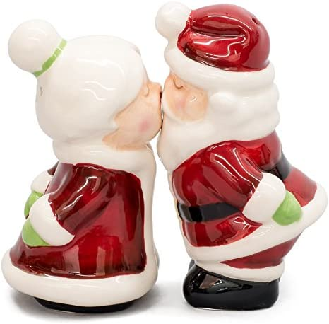 Santa Kissing Mrs Claus Magnetic Salt Pepper Shakers Set Salt And Pepper Shaker Sets Kitchen Dining