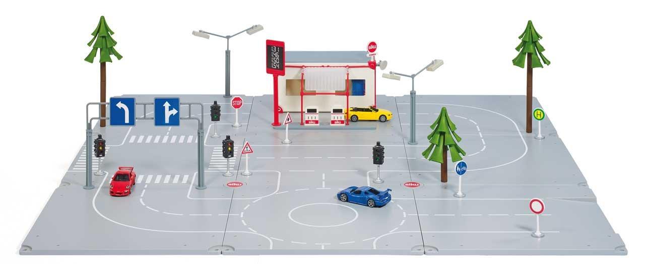 SIKU WORLD Startset Stadt Spielwelt Fahrzeuge Straße Spielzeug Auto Landwirtschaft