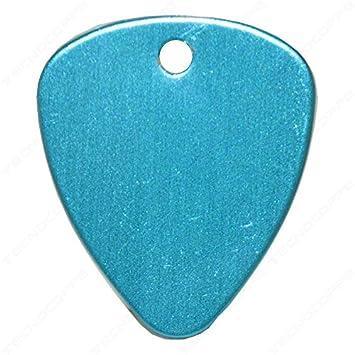 Púa con grabado personalizado color azul con cadena de llavero