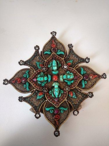Ghau- a petition box pendant - semi-valuable gemstones - utilized as a versatile sanctuary -Authentic Handmade Nepal ()