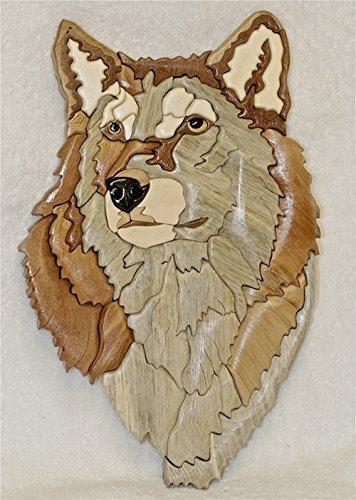 Wolf head intarsia. ()