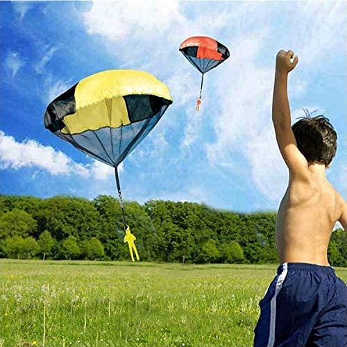 Tangle Free Throwing Parachute Toy Hand Throw Parachute Figures Childrens Outdoor Flying Toys for Boys Girls Yellow