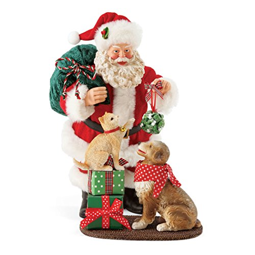 Department 56 Santa and his Pets Mistletoe and Holly, 10 Figurine, Multicolor