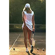 Posters: Pretty Girls Poster Art Print - Tennis Girl, Slip Off (32 x 24 inches)