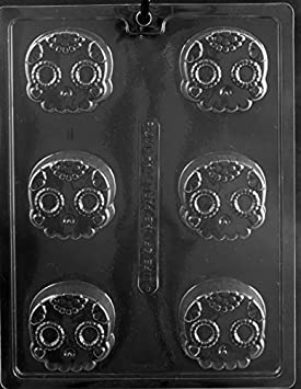 Amazon.com: Skull Decorative Cookie Halloween Oreo Party Favor Chocolate Soap Mold Mould Ships Same Day m313: Kitchen & Dining