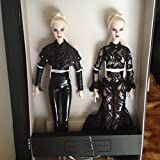 (US) Fashion Royalty SIster Moguls Agnes Von Weiss and Giselle Diefendorf Duo Doll Gift Set