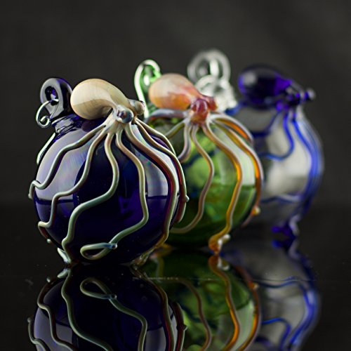 (Octopus Hand Blown Ornament)