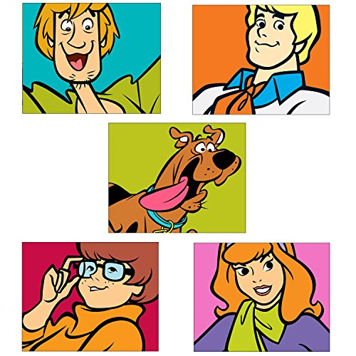 SCOOBY DOO Kids Wall Art Prints - Set of Five Adorable Glossy Photos - Scooby - Shaggy - Thelma - Daphne - Fred (Full Vintage Wallpaper Border)