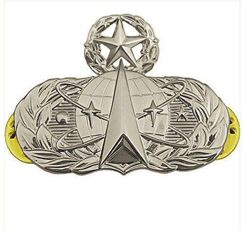 Vanguard AIR FORCE BADGE SPACE AND MISSILE MASTER REGULATION SIZE MIRROR FINISH