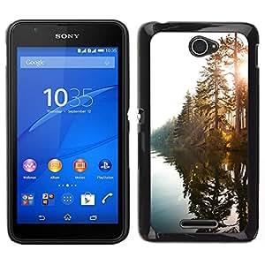 // PHONE CASE GIFT // Duro Estuche protector PC Cáscara Plástico Carcasa Funda Hard Protective Case for Sony Xperia E4 / Lake Sunshine Through Trees /