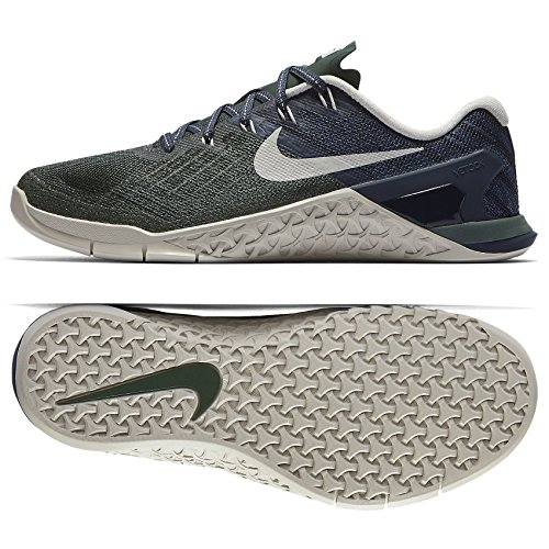 Nike Women's Metcon 3 Training Shoe VINTAGE GREEN/LIGHT BONE-THUNDER BLUE 7.5 by NIKE