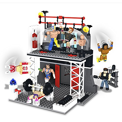 The Bridge Direct WWE StackDown Train & Rumble WWE Playset with Rey Mysterio & Sheamus Figures, 208 pieces by The Bridge Direct