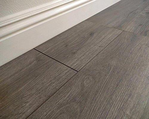Inhaus inhaus dynamic highlands quarry oak laminate for Inhaus laminate flooring