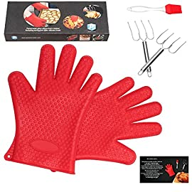 pannoramic 2xGloves Ove BBQ Silicone Heat Resistant Cooking Set Kitchen Mitts Pot Holder Including 1xBrush Basting Silicone Baking Grilling Oil Pastry Bakeware Tool 28 MAXIMUM PROTECTION AND TOP QUALITY SET. Our Ove Glove Non Slip Five Finger Exclusive Flame Design Heat Resistant 100% Waterproof, Easy To Rinse On A Dishwasher Safe Or Throw In The Sink, FDA Approved SUPER SET- ONLY THE BEST FOR YOU- Quality and the satisfaction of our customers is the most important for us. Make cooking and grilling more exciting, effortless and safer with this 3 Great Tools. This SUPEIOR VALUE SET ARE FUNCTIONALLY MATCHED AND VERY REASONABLY PRICED WITH 100% MONEY BACK SATISFACTION GUARANTEE. INCLUDING PREMIUM RESISTANT BASTING SILICONE BRUSH Ideal In The Kitchen When Cooking And Baking Pastry, Grill BBQ, Deserts, Marinades On Meat Spread Glazes, Sauces. Ergonomic Comfort Grip Handel, Heat Resistant. Perfect For Spreading Butter, Oil, Egg, Honey, Glazes Vegetables And Pastries. Designed to Mop up and Hold Generous Amounts of Liquid (BBQ Sauce, Butter Glaze) more Efficiently than your Average Basting Brushes. IS MORE LIKE THE QUIET MEMBER OF THIS SET BUT IT'S EFFICIENT, CONVENIENT, AN