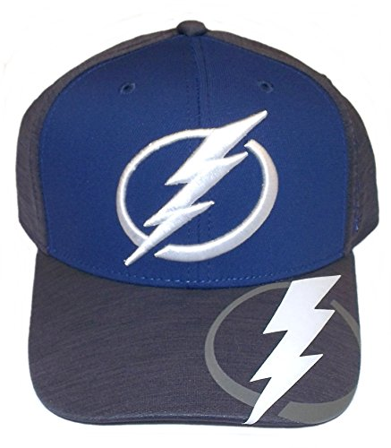 Tampa Bay Lightning Playoff Structured Flex Reebok Hat - S/M - M944Z