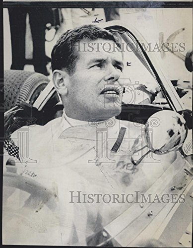 1969 Press Photo Race Car Driver Robert William