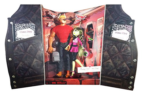 SDCC 2014 Exclusive Monster High Manny Taur & Iris Clops 2-Pack (Frankie Monster High Pictures)