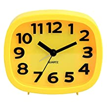 HENSE Non-ticking Sweep Second Quartz Movement Analog Bedside Alarm Clock Battery Operated 3D Arabic Numerals Alarm Clock HA07 (Yellow)