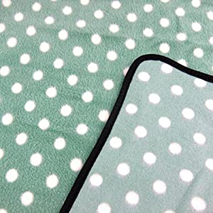 Alfie Pet by Petoga Couture - Quarry Fleece Blanket for Dogs and Cats - Color: Green Dot, Size: Medium