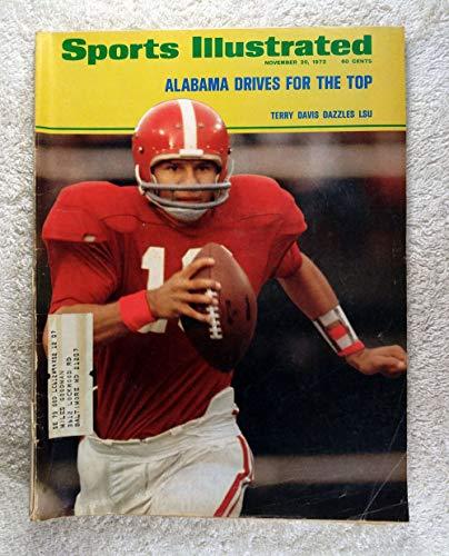 (Terry Davis - Alabama Crimson Tide - Sports Illustrated - November 20, 1972 - College Football -)