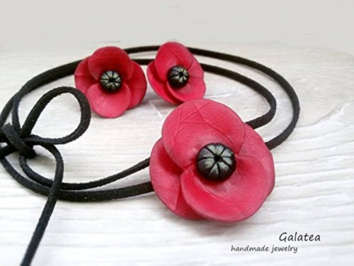 Poppy jewelry set by Galatea Jewelry