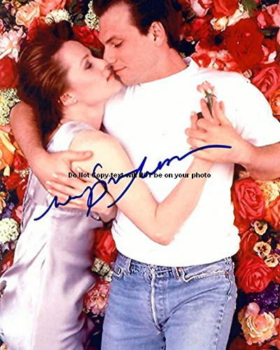 Mary Stuart Masterson Bed Of Roses Autographed Preprint Signed Photo - Bed Signed Photo