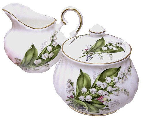ugar and creamer set - Fine English Bone China (Cream Background Gold Trim)
