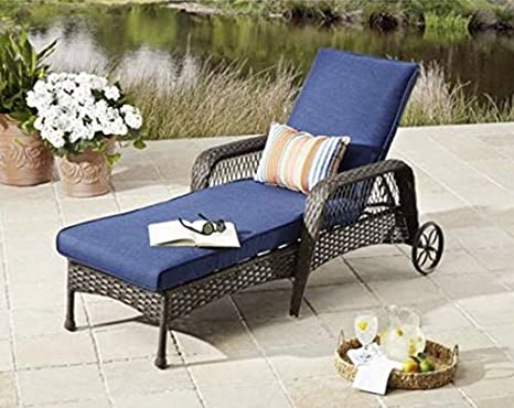 Fabulous Amazon Com Modern Outdoor Chaise Lounge All Weather Wicker Spiritservingveterans Wood Chair Design Ideas Spiritservingveteransorg