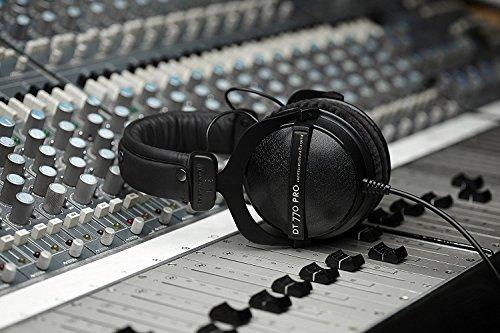 51hX6Q3Eq2L - beyerdynamic DT 770 Pro 80 Limited Edition Headphones, Black
